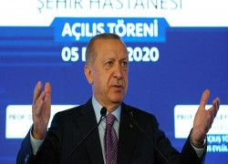 Erdogan raises rhetoric in Greece standoff in Mediterranean