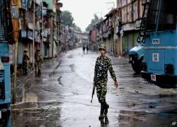ভারত এখনো কাশ্মীরের নাগরিক স্বাধীনতা গুঁড়িয়ে দিচ্ছে
