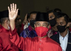 PM Muhyiddin says Malaysia 'should quickly' hold general election if his allies win in Sabah
