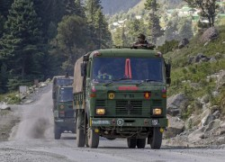 Indan Army could induct 'another division of troops' in eastern Ladakh as China continues build-up