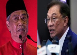 Malaysia's Anwar claims 'majority' while PM Muhyiddin demands proof