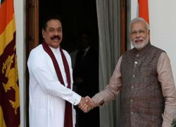 SRI LANKA SEEKS FRESH CURRENCY SWAP FACILITY, DEFERMENT OF DEBT PAYMENTS FROM INDIA