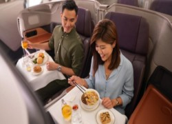 Singapore Airlines turns A380 into fine-dining restaurant