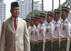 With eye on China, US opens arms to Indonesian defence minister Prabowo