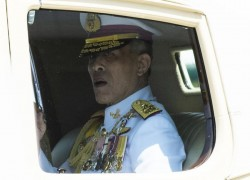 Germany says Thai king cannot rule from there