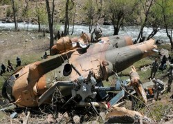 15 feared dead after two army helicopters collide in Afghanistan