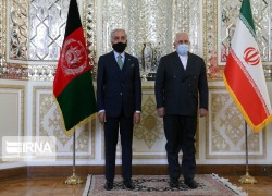 ABDULLAH MEETS IRANIAN FM ZARIF, DISCUSSES AFGHAN PEACE