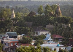 MYANMAR INSURGENTS SAY THEY KIDNAPPED RULING PARTY CANDIDATES