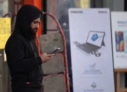 India extends high-speed internet ban in Kashmir