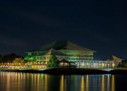 Sri Lanka Parliament votes to strengthen presidential power