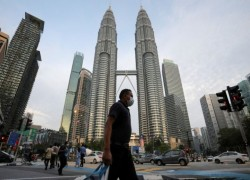 MALAYSIA SET FOR EMERGENCY MEASURES TO AVERT SNAP POLLS AMID COVID-19 PANDEMIC