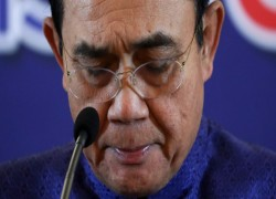 Thailand's embattled prime minister has no plan to quit, for now