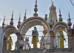 Pakistan's top Islamic body approves construction of Hindu temple