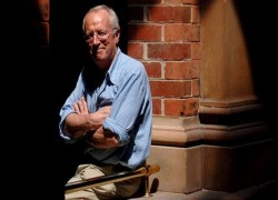ROBERT FISK, GIANT IN JOURNALISM, DIES SUDDENLY