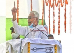 NITISH KUMAR SET TO BE SWORN IN AS BIHAR CM FOR 7TH TIME AS NDA HOLDS OFF TEJASHWI CHARGE