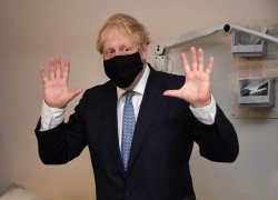 BRITISH PM BORIS JOHNSON GOES INTO ISOLATION AFTER A CONTACT TESTED POSITIVE FOR COVID