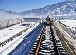 India worried as China builds new railway link to Tibet