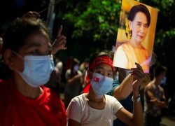 Rohingyas have no reason to celebrate Suu Kyi's election victory