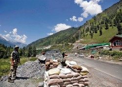 LAC standoff: India, China military talks deadlocked