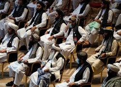 Afghan gov't, Taliban announce breakthrough deal in peace talks