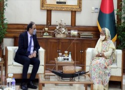 Pakistan, Bangladesh agree to bolster ties in rare move