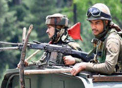 Tough-on-China hype won't secure winter protection for Indian border troops
