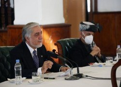 Afghan negotiators prepared for 'serious' talks Wednesday: Abdullah