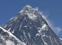 China-Nepal agreement over new Everest height set to spark unease in India