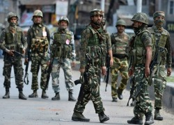 INDIAN ARMY OFFICER ACCUSED OF PLANTING WEAPONS ON KASHMIR CIVILIANS