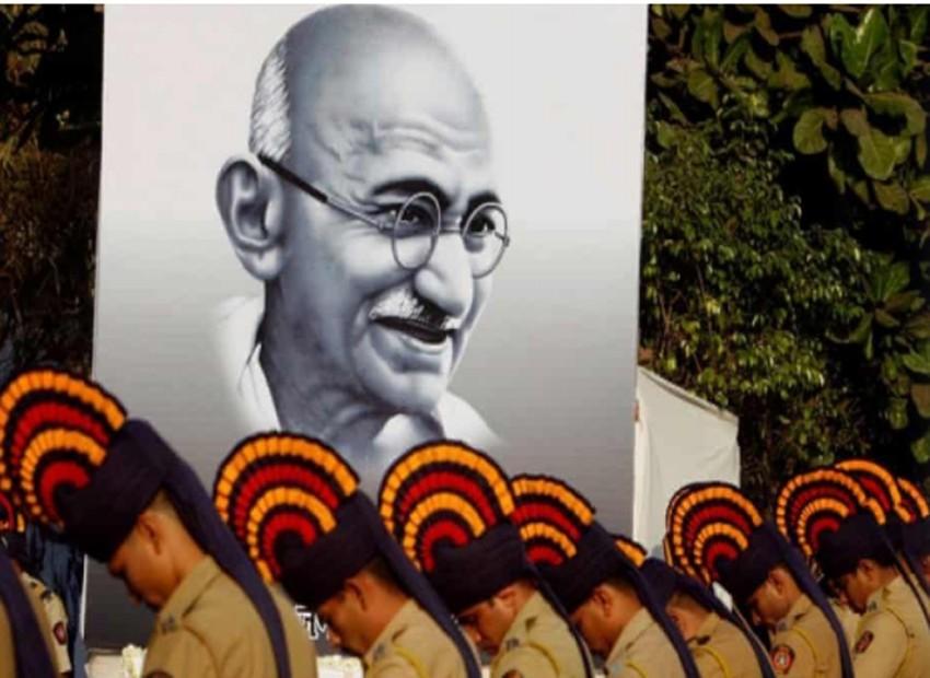মহাত্মা গান্ধীর খুনি এখন বিজেপির জাতীয়তাবাদের প্রতীক