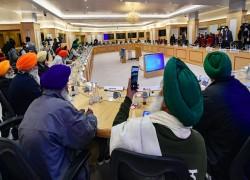 Indian farmers blame Modi govt's 'ego problem' as 7th round of talks fail