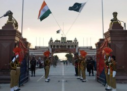 Has a 'fifth generation war' started between India and Pakistan?