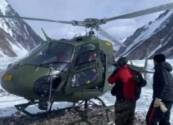 PAKISTAN ARMY RESCUES AILING POLISH CLIMBER FROM K2