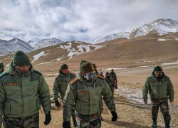HIGH ALERT MAINTAINED AT LAC: ARMY CHIEF NARAVANE