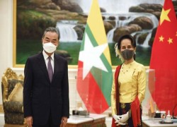 China promises to support Myanmar peace talks with rebel groups