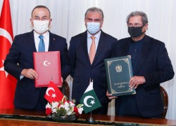 Turkey, Pakistan to develop cooperation in defence industry
