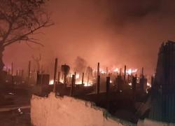 রোহিঙ্গা ক্যাম্পে ভয়াবহ আগুন, ৫ শতাধিক ঘর পুড়ে ছাই, আহত ৩০
