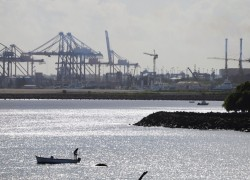 Beijing expands Indian Ocean FTAs westward with Mauritius
