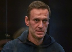 Russian court to rule on jail term for Kremlin critic Alexei Navalny