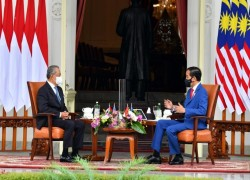 Indonesian and Malaysian leaders express concerns over Myanmar coup, seek Asean meeting