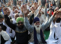 Protesting Indian farmers block highways as demonstrations spread