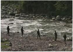 কাশ্মীর সীমান্তে গুলি বন্ধে রাজি ভারত–পাকিস্তান