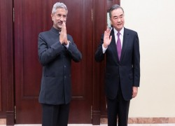 Chinese-Indian foreign ministers' exchange to ensure consensus is implemented: experts