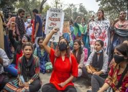 Bangladesh cartoonist arrested under harsh Internet laws granted bail after protests