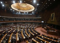 Pakistan: Ruling party wins majority in Senate