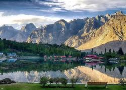 Gilgit-Baltistan demands interim provincial status