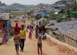 India begins deporting more than 150 Rohingya refugees to Myanmar
