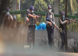 Another 300 protesters in Yangon arrested by Junta's Security Forces