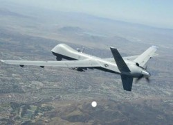 US FORCES CONDUCT AIRSTRIKES AGAINST TALIBAN IN KANDAHAR