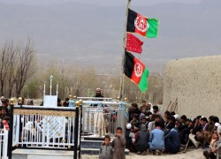 Afghanistan dismisses interior minister amid attacks, peace talks